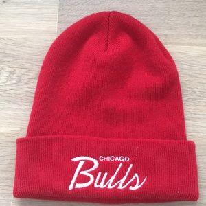 Chicago bulls red beanie